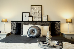Bedroom Chanel style